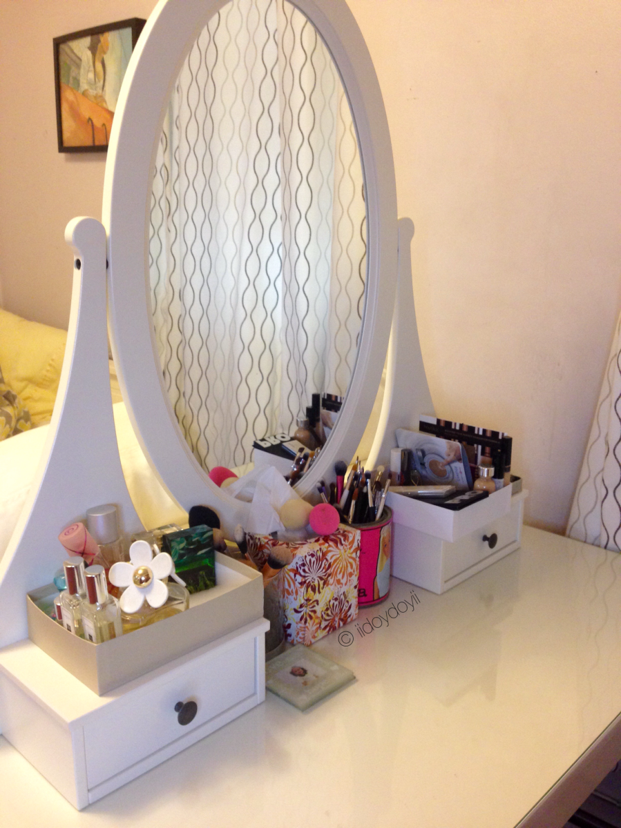 The Best Addition to My Room: My Vanity